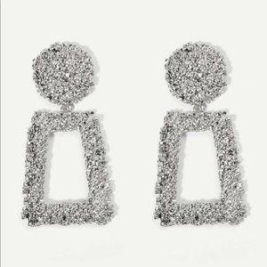 Statement earrings ✨